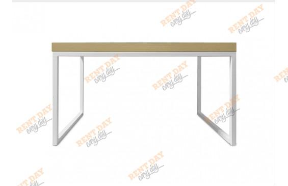 Прямоугольный журнальный стол в аренду
