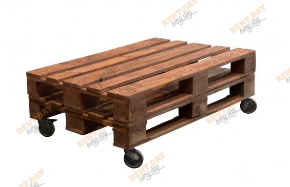 Аренда стола из паллет на колесах