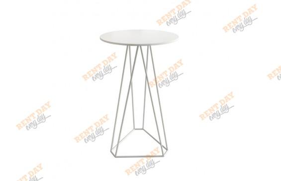 Геометрический коктейльный стол белого цвета в аренду