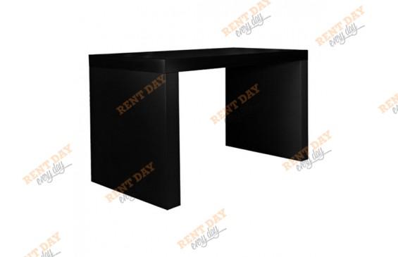 Длинный черный стол