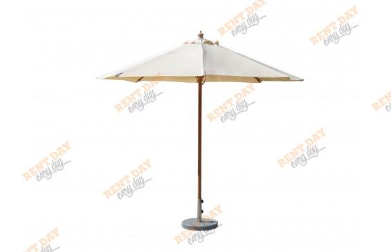 Зонт с центральной деревянной опорой