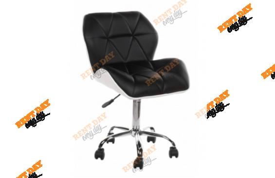 Офисное кресло Trizor на колесах в аренду
